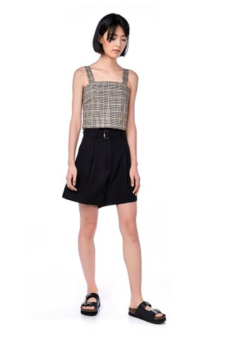 Dyora High-Waisted Shorts