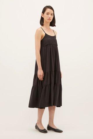 Yaneli Pleated Midi Dress