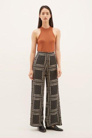 Rinah Side-button Pants