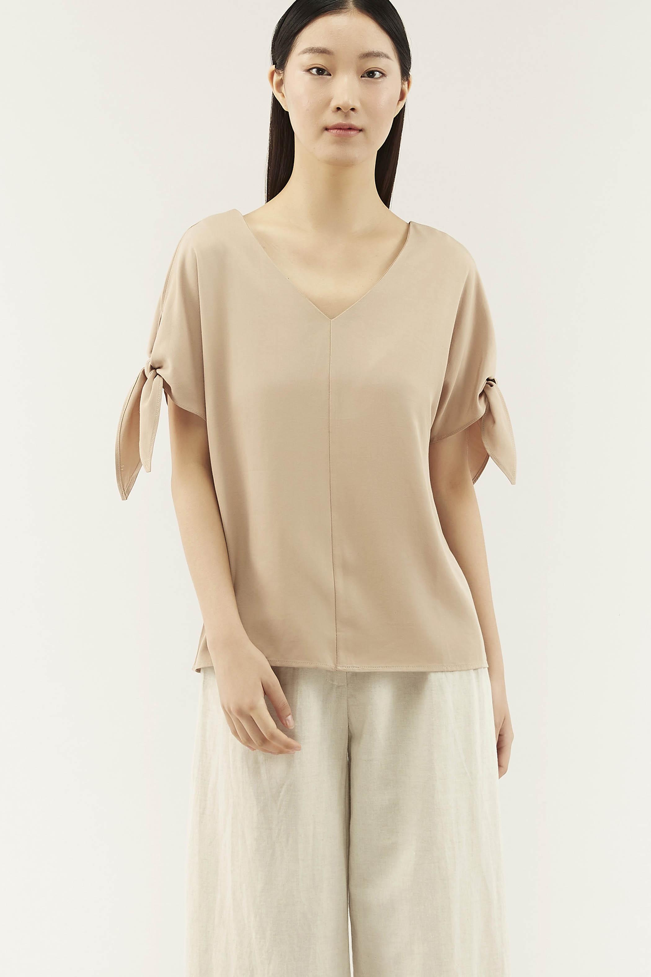 Reyan Tie-sleeve Blouse