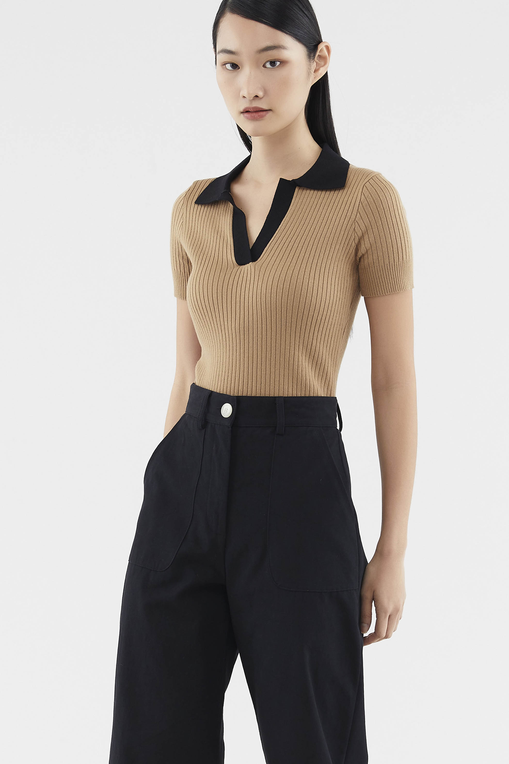 Jemira Collared Knit Top