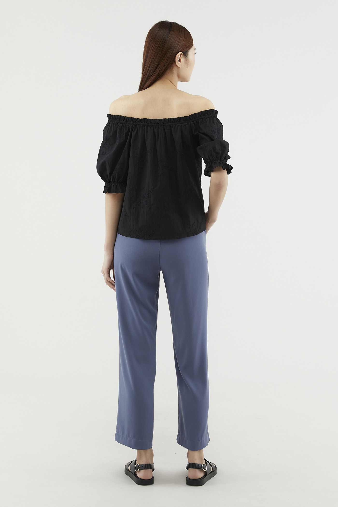 Meredy Embroidered Blouse