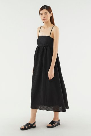Carmie Textured Maxi Dress